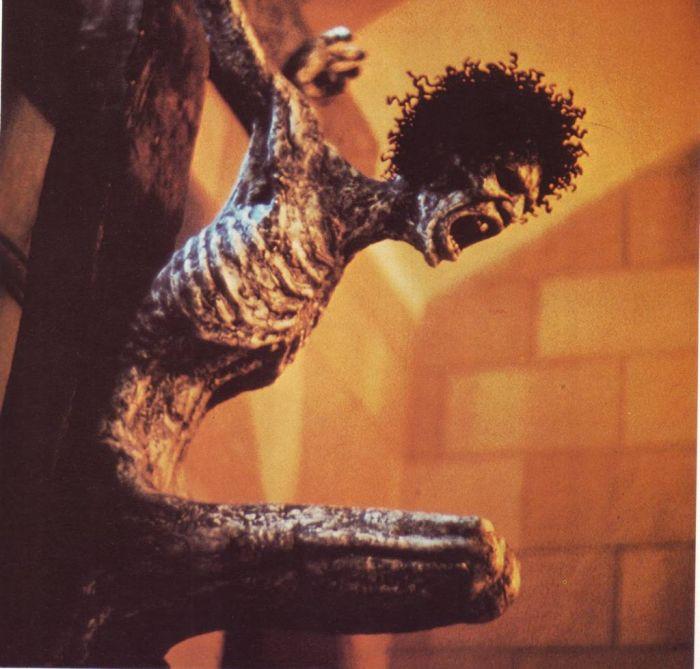 The-Tortured-Christ.Guido-Rocha-1975.-Sculpture-Brazil